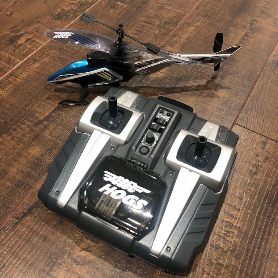 Air hogs helicopter with controller