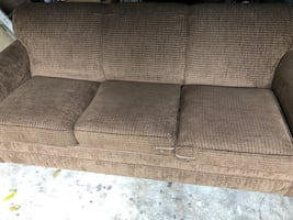 Really clean sofa/pullout bed