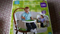 baby's green and white highchair  Toronto, M1H 2K8