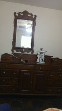 Dresser with mirror with hidden drawers Columbia, 29205