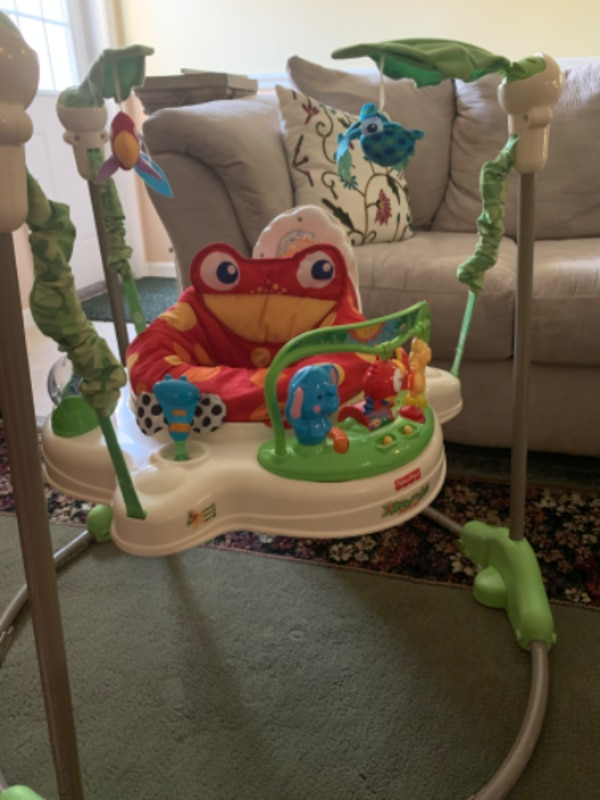 Fisher Price Jumperoo 800adfcd-ed91-48ea-8df6-c8ba8a0a80a9