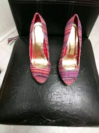 Female heels size 7 and 1/2 Baltimore, 21207