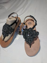 $15 -YellowBox Embellished thong sandals 6M San Diego