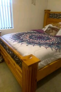 Solid wood & weight iron bed Henderson, 89052