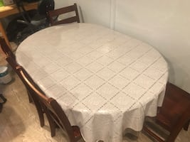 Dining Table Set - Gret Condition