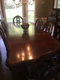 rey nice  dining table set for 6 w 2 leafs Warrenton, 20186