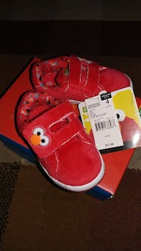 Brand New Elmo Toddler Shoes Size 4C (read ad)