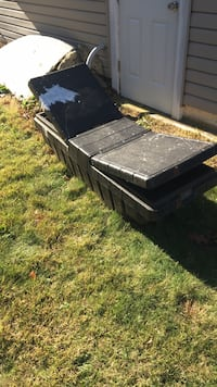 Truck toolbox for sale five bucks 222 km