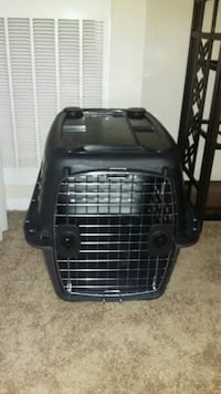 Small Travel Crate Kennel -Like New Alexandria, 22302