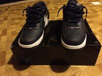 Pair of black-and-white nike sneakers with box Toronto, M9V 4K2