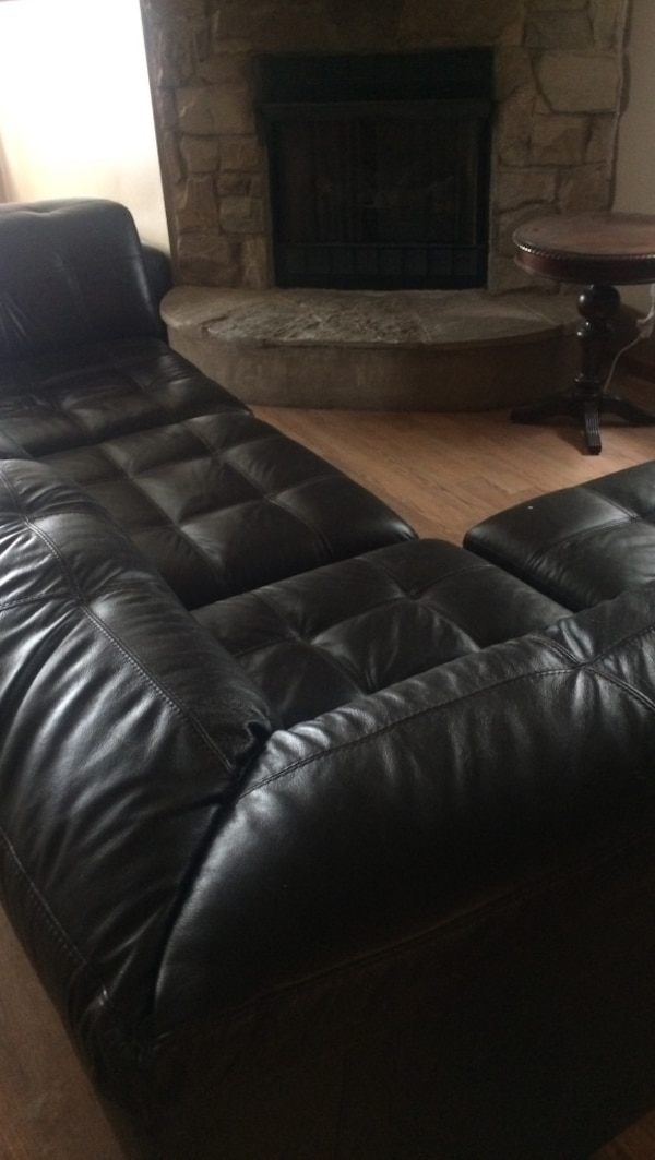 Used Brand Knew Leather Sectional With Ottoman From Macy S Furniture