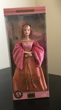 Brown haired female dolls of the world doll Waldorf, 20603