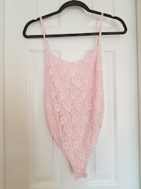 Topshop Pink Lace bodysuit with ribbon in back size 2  Mississauga, L5M 7A5