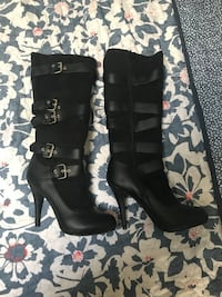 Pair of black leather knee-high boots Size 7.5M North Grosvenordale, 06255