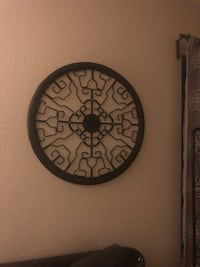 Metal wall decorations (round) Long Beach, 90804