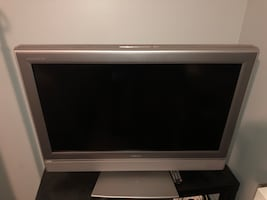 "Toshiba 32"" Flat Screen"