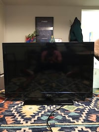 Sceptre HD TV 45 inches