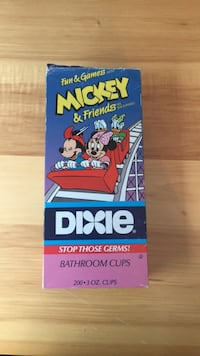 1991 mickey mouse and friends dixie cup box w/  66 mickey mouse cups Westminster, 21157