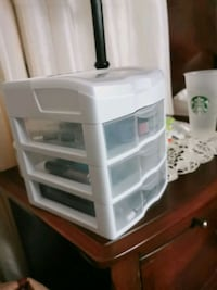 Small table top organizer