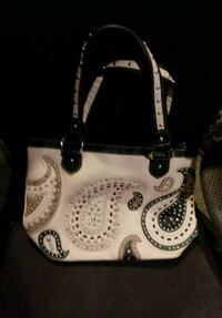 white and black leather tote bag Kent, 98032