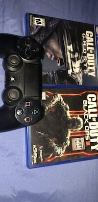 PS4 authentic controller 2games Las Cruces, 88001