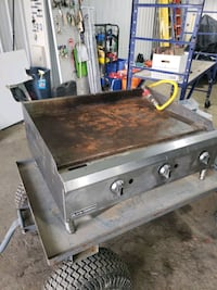 3 burner commercial hot plate natural gas works perfect Montreal, H3G