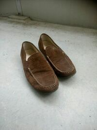 Brune suede loafers
