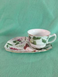Teacup / coffee cup and snack saucer Phillipsburg, 08865