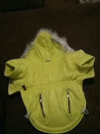 Brand new med doggy winter coat,nev er worn Omaha, 68154
