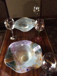 clear glass bowl with lid London, N5X 3X2