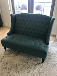 Teal tufted loveseat with black legs Los Angeles, 90015