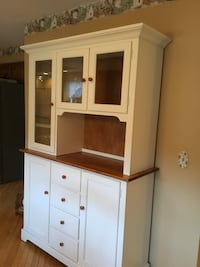 white wooden display cabinet West Windsor, 08550