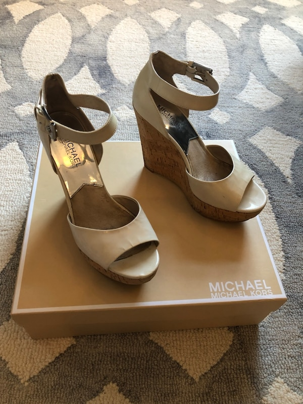 Micheal kors Wedges size 37.5