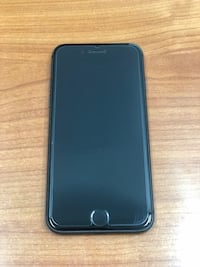 Black iPhone 8 64GB (CARRIER UNLOCKED)