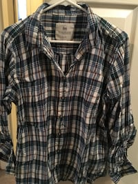 WindRiver Size XL Flannel Top Hanover, N4N 2Y5