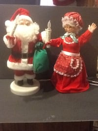 Animation Mr and Ms Claus  569 km