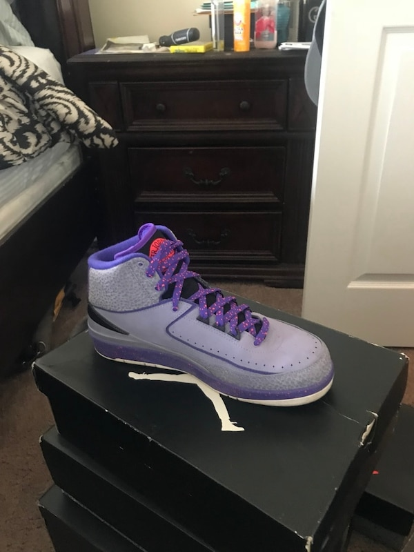 Used Iron purple retro 2s for sale in Mableton - letgo 0cc8ad4a96d3