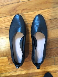 Taryn Rose black leather comfort ballet flats size 10M Washington, 20009