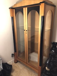 Armoire, display cabinet Brossard, J4Y 1T5