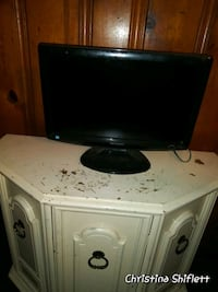 20 inch tv for $20 DVD player is also $20 Woodlawn, 21207