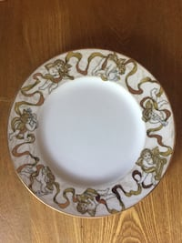 Round white and gold angel Dishes Kawartha Lakes, K0M