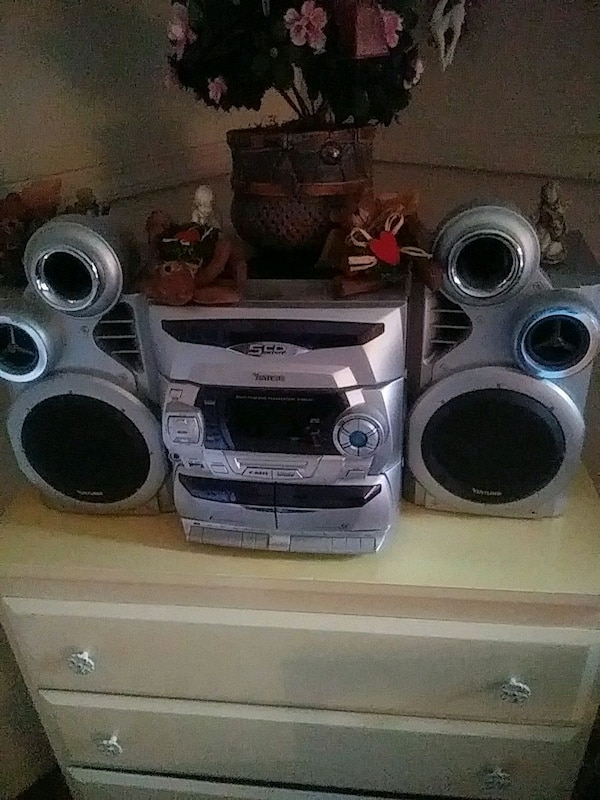 gray and black stereo component