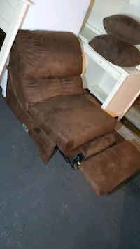 Recliner chair, was in home theater room