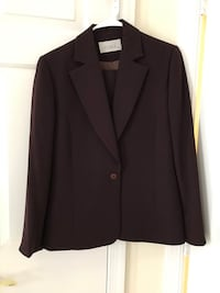 Woman's suit size M purple Vienna, 22180
