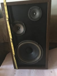 Lafayette Criterion 3 way speakers Need repair  Jersey City, 07307