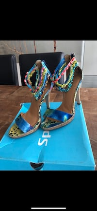 Blue Multi Coloured Heels with Stone Anklets Toronto, M3A 2S7