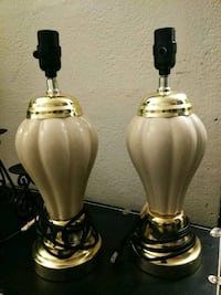 Pair of lamps 1/ 12 tall 1028 mi