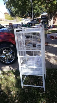 white metal pet crate Fort Worth, 76108