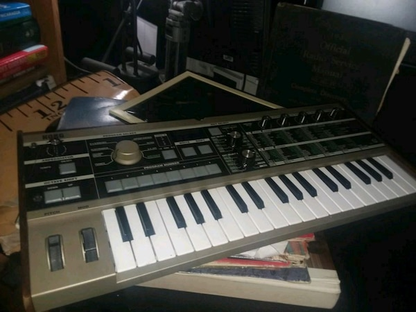 Korg MicroKorg Vocoder Synthesizer #Like New#