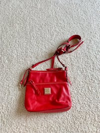 Dooney & Bourke leather bag - great condition!